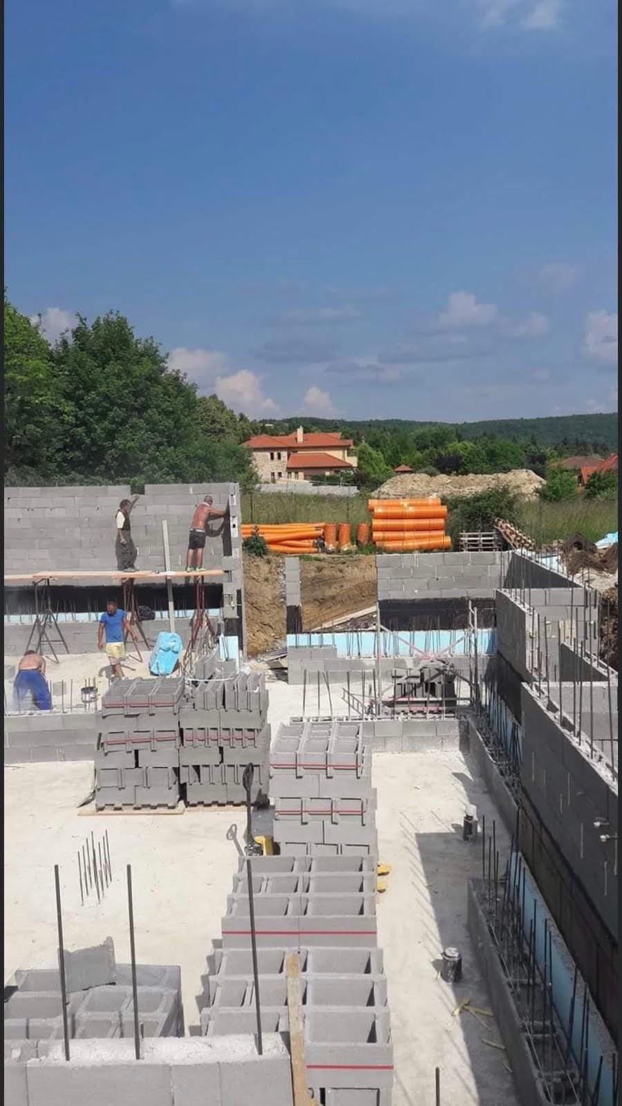 Családi ház építése